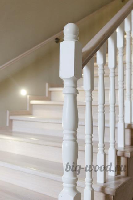 Деревянные ступени на лестницу из дуба, бука и ясеня